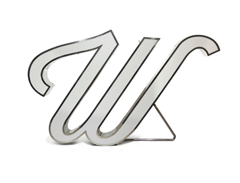 W LETTER GRAPHIC LAMP by DelightFULL